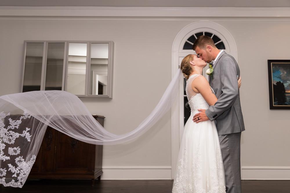 Find-a-Wedding-Photographer