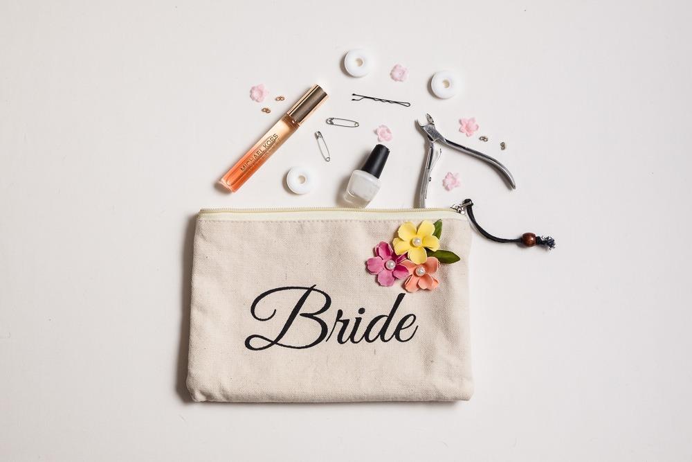 Wedding-Planning-Resources-Wedding-Survival-Emergency-kit-Ashley-and-Erik-Photography