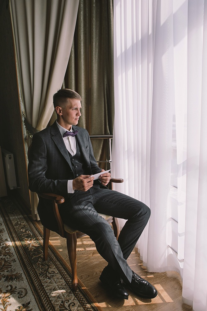 How-To-Write-A-Love-Letter-Groom-Ashley-and-Erik-Photography